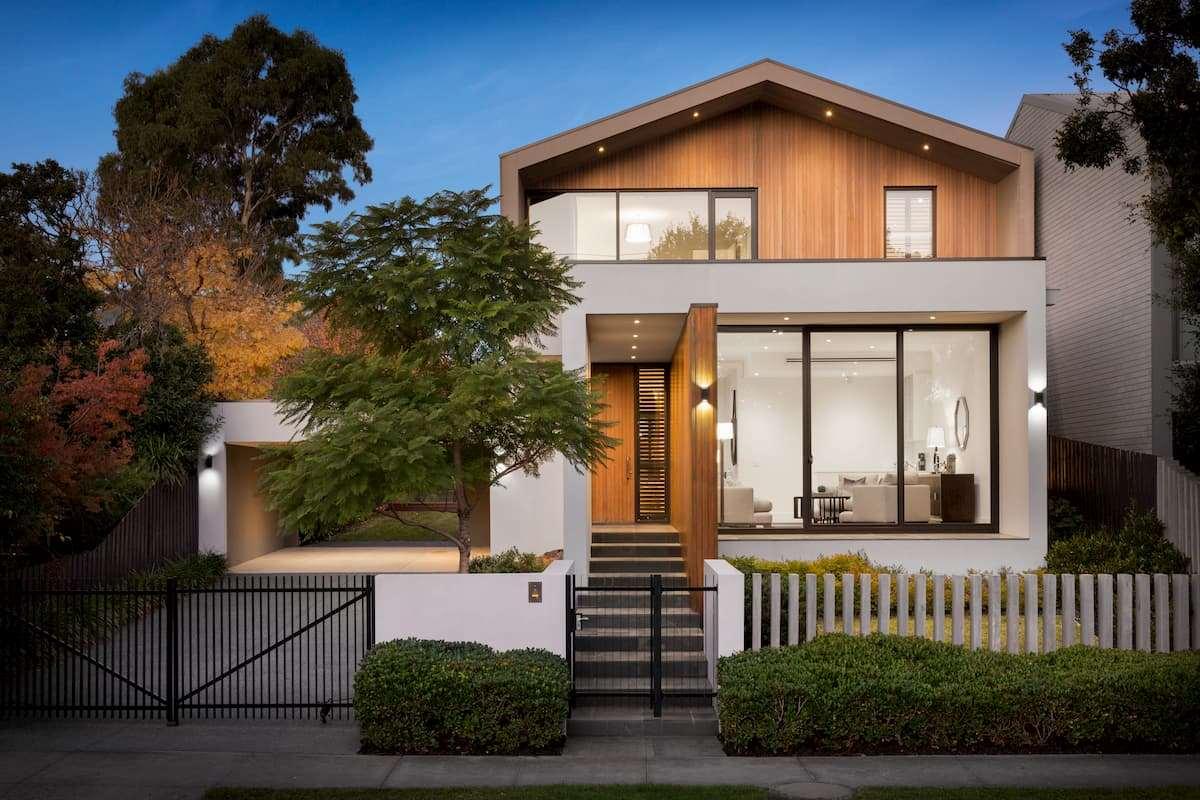 Okna i drzwi tarasowe w nowoczesnych domach – trendy