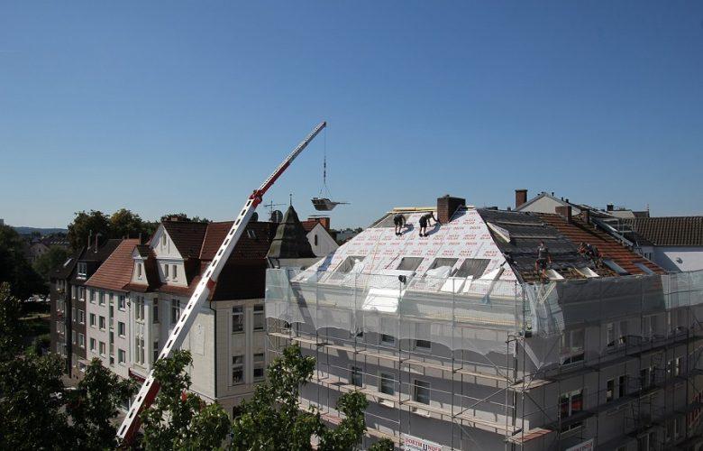 Membrany na dachy skośne – co wybrać?